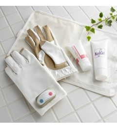 YA-MAN EMS Golden Glove (face and body care)
